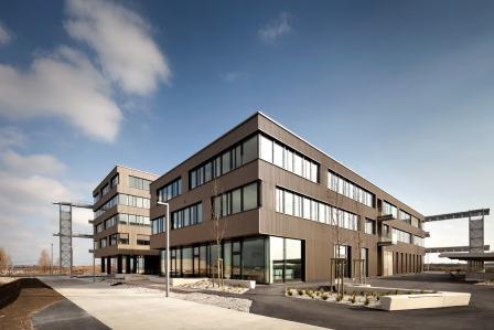 TZ aspern IQ Bürohaus im Energie-Plus-Standard